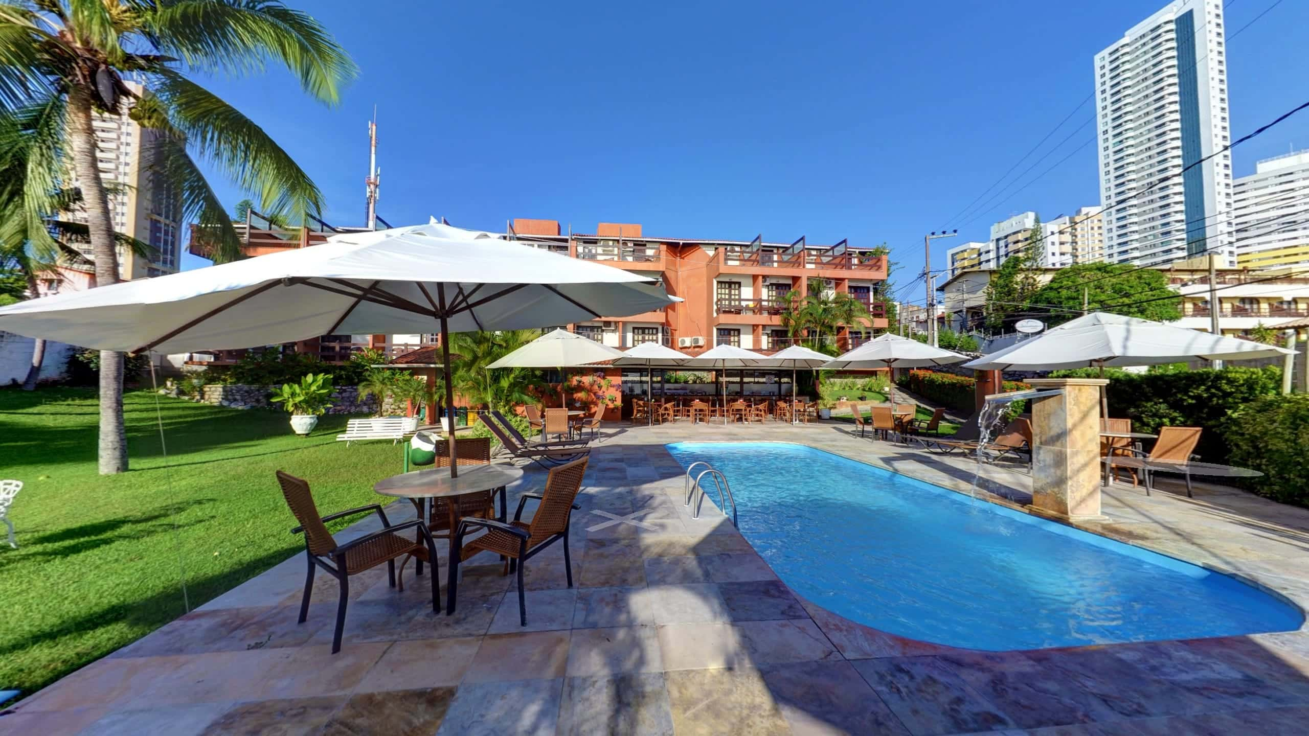 Street View Trusted do Atol das Rocas Praia Hotel